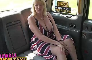 Female Fake Taxi Blonde amateur milf cums on sexy redheads tongue