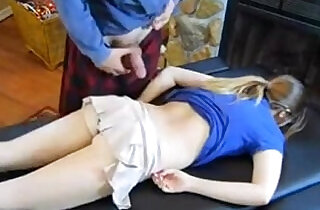 dad massage daughter Claire Heart