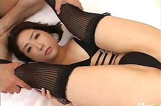 Babe In Black Lingerie Takes Sex Toys In Both Holes