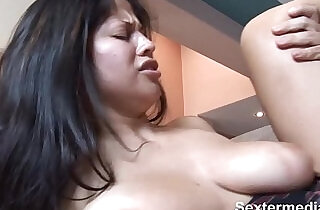 Slim Bitch with Beautyful butt with tight shaved pussy puts in fat prick