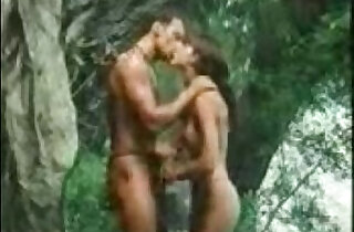 indian girl loves Getting frisky in the jungle