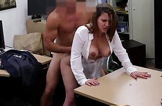 Amateur booty babe cockriding