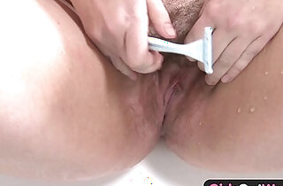 Hairy blonde amateur plumper rubs one out in the bathroom
