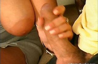 Housewife likes big dicks and gaping
