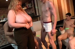 Super huge natural tits fatty banging at bbw party